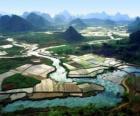 Cina rurale, i campi di fiume e di riso