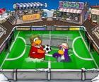 La partita di calcio dil Club Penguin
