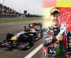 Sebastian Vettel festeggia la sua vittoria nel Gran Premio di Turchia (2011)