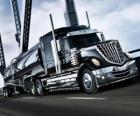 Grande camion nero