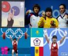 Podio sollevamento pesi 53 kg femminile, Zulfia Chinshanlo (Kazakistan), Hsu Shu-Ching (Taipei cinese) e Cristina Iovu e Cristina Iovu (Moldavia) - Londra 2012-