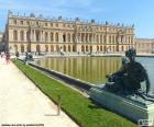 Reggia di Versailles è un edificio che fungeva da residenza reale nei secoli passati, Francia
