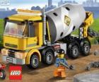 Un camion betoniera e un operaio edile, Lego City