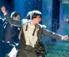 Troy Bolton ballando