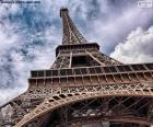 Torre Eiffel di giorno