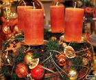Quattro candele in un centro