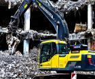 In un escavatore demolizione
