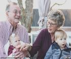 Nonni con i nipoti