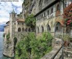 Eremo di Santa Caterina del Sasso, Italia
