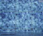 Il fondo di una piscina