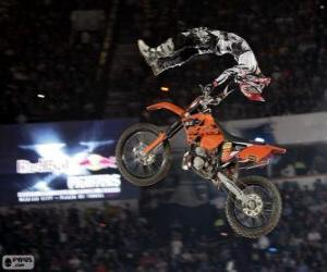 Rompicapo di Red Bull X-Fighters, Dead Body