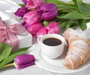 Rompicapo di Regali e prima colazione per la mamma