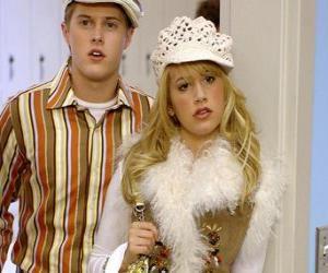Rompicapo di Ryan Evans (Lucas Grabeel), Sharpay Evans (Ashley Tisdale) deliberando