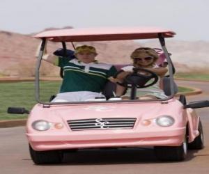 Rompicapo di Ryan Evans (Lucas Grabeel), Sharpay Evans (Ashley Tisdale) nel campo da golf car