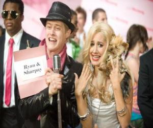 Rompicapo di Ryan Evans (Lucas Grabeel), Sharpay Evans (Ashley Tisdale) eccitato