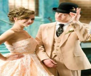 Rompicapo di Ryan Evans (Lucas Grabeel), lungo Kelsi Nielsen (Olesya Rulin) nel musical