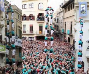 Rompicapo di Storica torre umana, 'Castell', due persone per otto livelli, allevati e scaricate per Castellers de Vilafranca del 1 novembre 2010