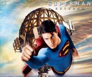 Rompicapo di Superman, il supereroe volando
