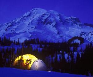 Rompicapo di Tenda in montagna per le vacanze