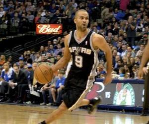 Rompicapo di Tony Parker giocando un gioco di basketball