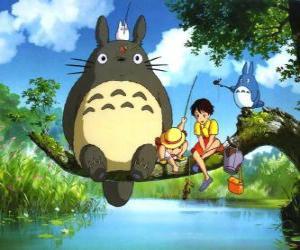 Rompicapo di Tororo, il re della foresta e dei suoi amici nel film anime Il mio vicino Tororo