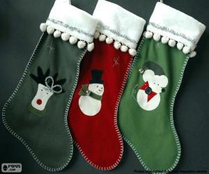 Rompicapo di tre calze con motivi diversi