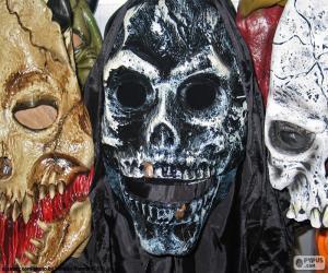 Rompicapo di Tre Maschere Halloween