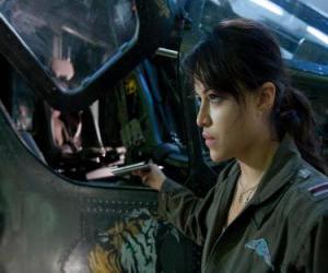 Rompicapo di Trudy Chacon, un pilota del Corpo dei Marines, che diventa un rinnegato.