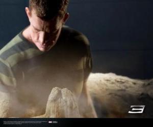 Rompicapo di Uomo Sabbia, Sandman inizia il processo di trasformazione del suo corpo