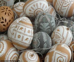 Rompicapo di Uova di Pasqua decorate