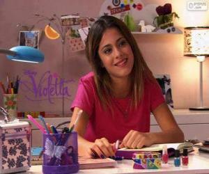 Rompicapo di Violetta al suo tavolo