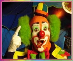 Rompicapo di Volto di pagliaccio o clown con parrucca, cappello e gran naso e boca