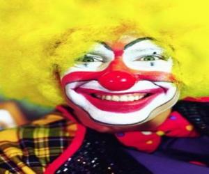 Rompicapo di Volto di pagliaccio o clown con parrucca e gran naso e boca