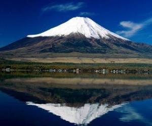 Rompicapo di Vulcano Fuji Yama è la montagna più alta del paese con 3.776 metri sul Giappone