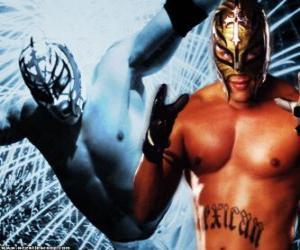 Rompicapo di Wrestler con una maschera preparato per la battaglia, wrestling è uno spettacolo di sport